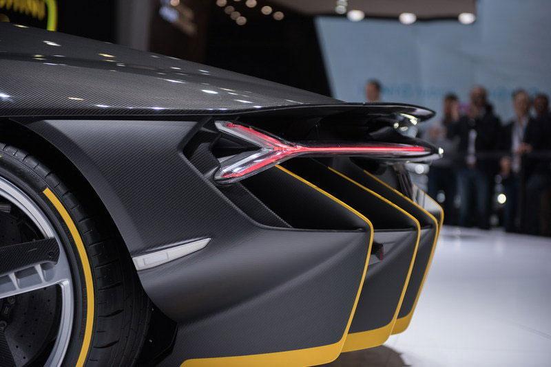 2016-Lamborghini-Centenario-RW-Carbon-Fiber-10