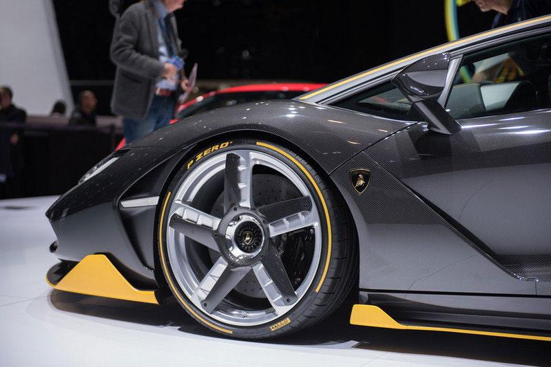 2016-Lamborghini-Centenario-RW-Carbon-Fiber-9
