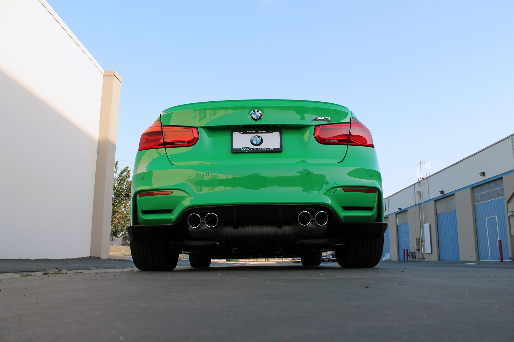 RW-Carbon-BMW-F80-M3-Signal-Green-Photoshoot-1