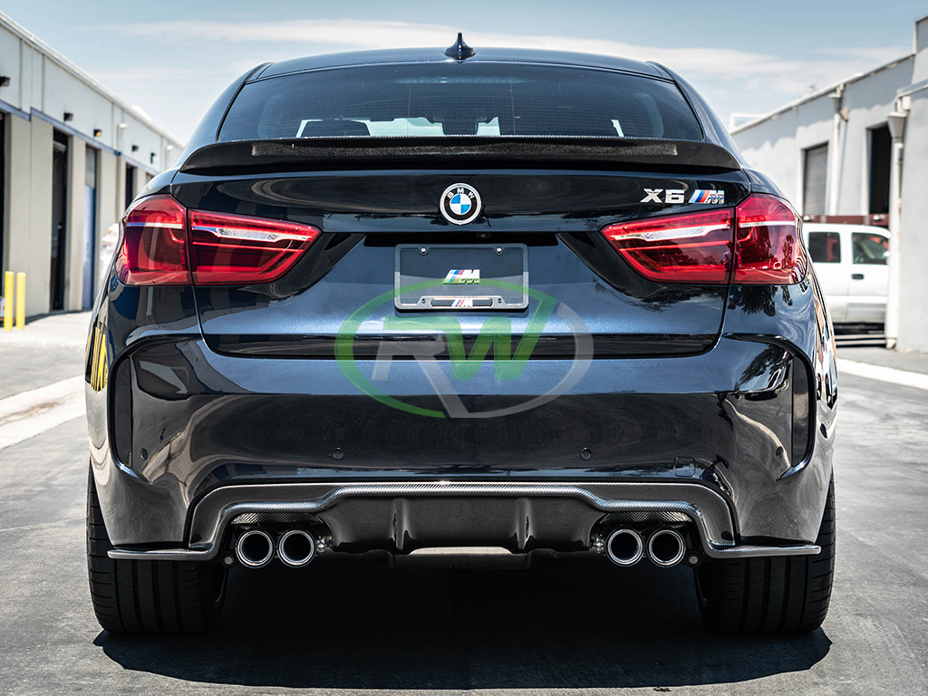 rw carbon fiber bmw f86 x6m with cf rear diffuser and trunk spoiler